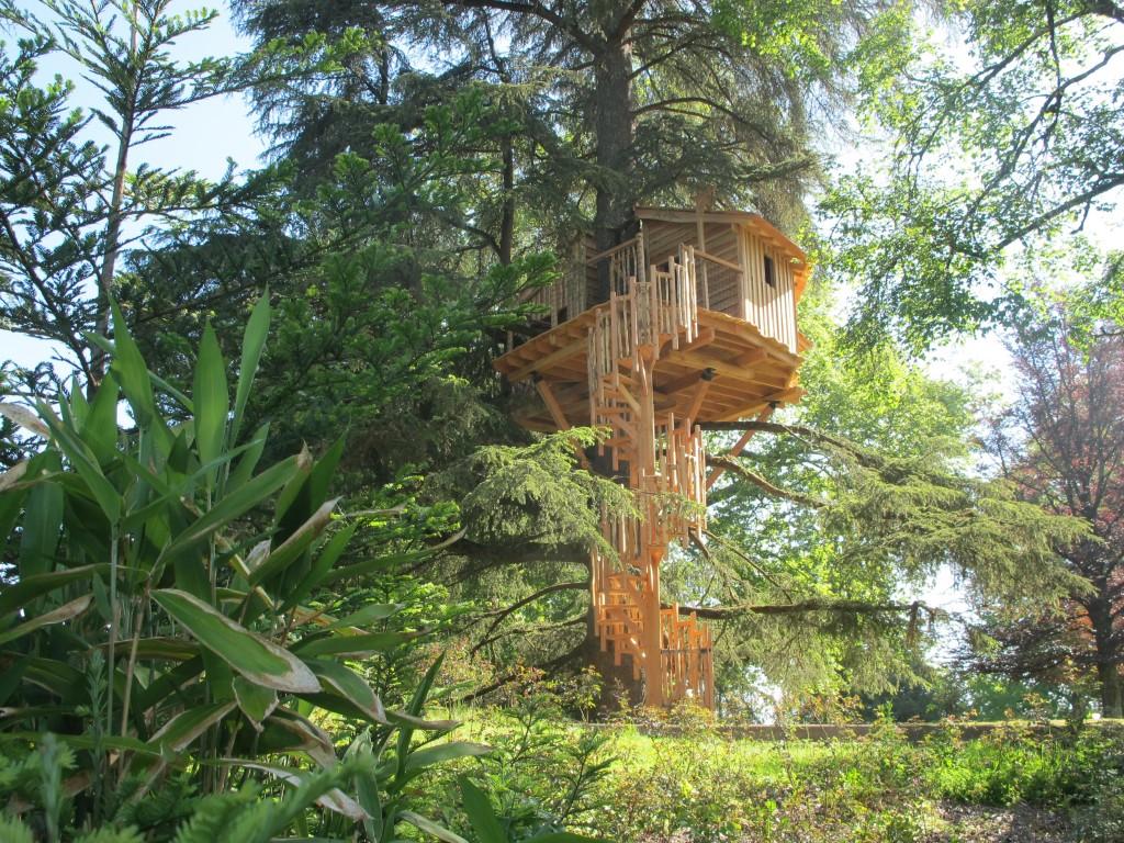 Cabanes dans les arbres dans le Pays Basque