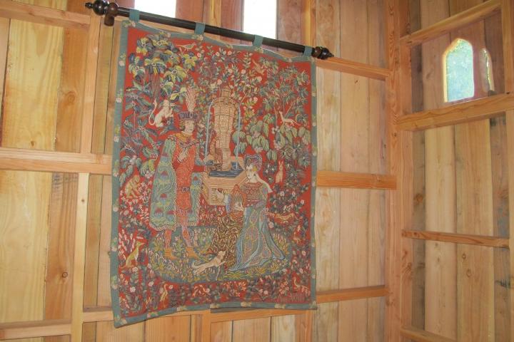 chateau-arbres-cabane